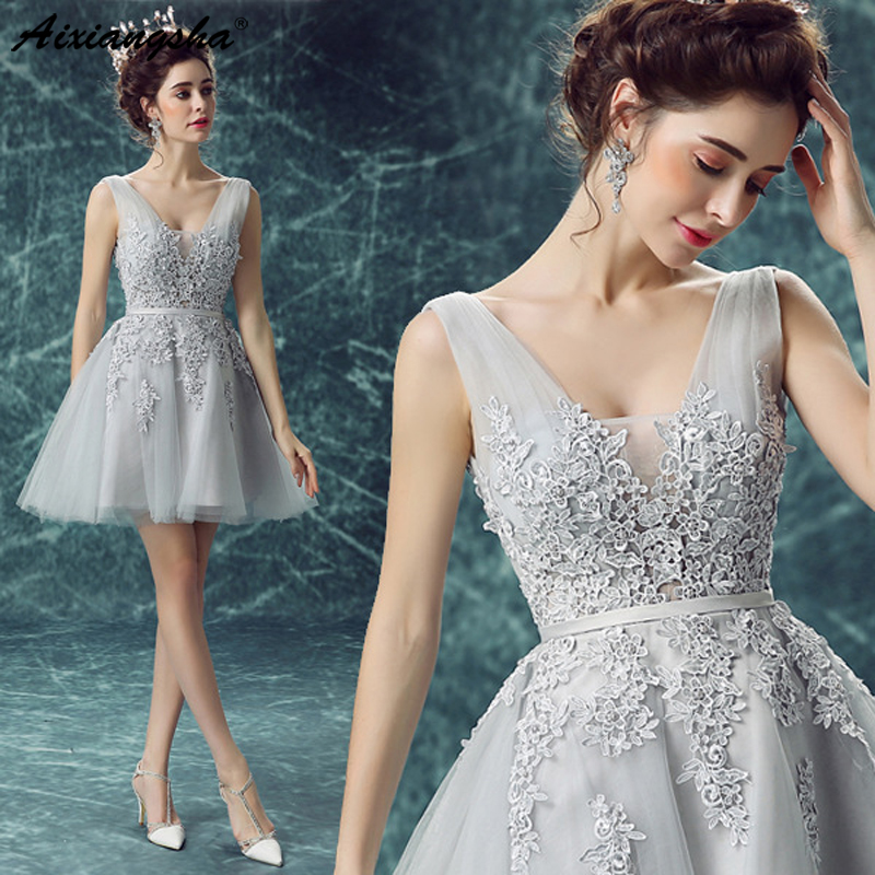 White Short Evening Dresses 2019 V-neck A-line Lace Sleeveless Above Knee Mini Graduation Dresses Gowns Cocktail Dresses