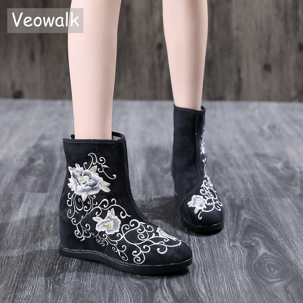 Veowalk Vintage Embroidered Women Jacquard Fabric Short Boots Latest Autumn Vintage Ladies Hidden Wedge Heel Booties Fall Shoes