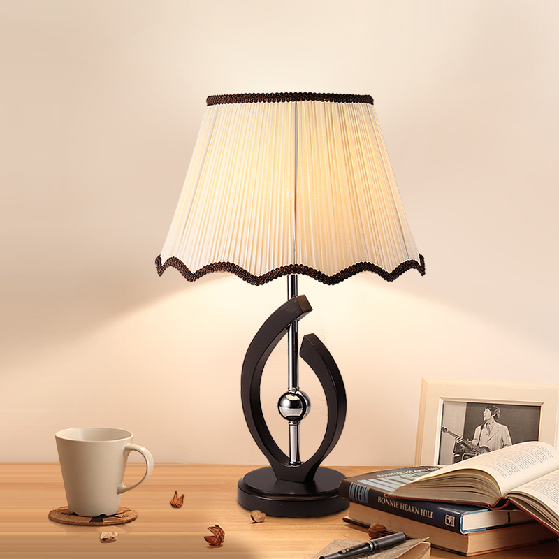 Table lamp led modern simple bedroom bedside study creative fashion warm feeding solid wood room lamps CL tuda glass shell table lamps creative fashion simple desk lamp hotel room living room study bedroom bedside lamp indoor lighting