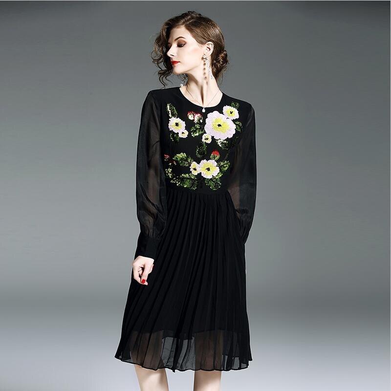 2019 femmes printemps été tenue décontractée floral broderie manches complètes empire en mousseline de soie robe plissée Vestido grande taille femmes robe