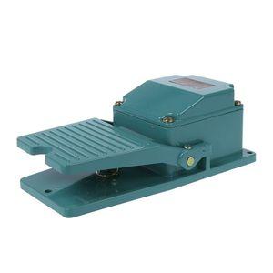 Image 2 - Переменный ток 250 В 15A 1NO 1NC Мгновенный Педальный ножной переключатель w кабельный сальник