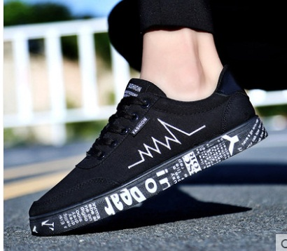 New 2018 Spring Summer Canvas Shoes Men Sneakers Low Top Black Shoes Men's Casual Shoes Male Brand Fashion Sneakers EUR39-45