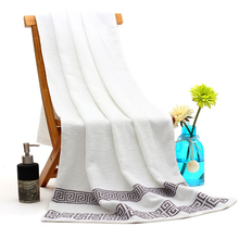 SKTEZO 2019 70*140cm High Quality Luxury 100% Cotton 3 Color Adult Bath Towel Home Quick Drying Towels for Adults  Beach