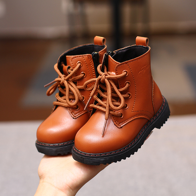 Autumn 2018 fall new girl's fashion shoes comfortable Non-slip Cool boys Martin boots Korean version of the British style Girl's Shoes