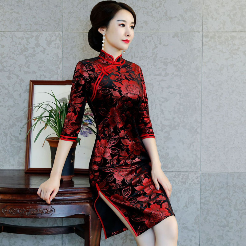 4b6786de5 Chinese Traditional Costume Mature Women Tighten Dresses Cheongsam Tang  Suit Velvet Peony Qipao Sexy Split Dress plus size M 4XL-in Cheongsams from  Novelty ...