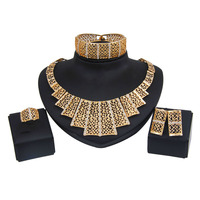 2019 Bridal Gift Nigerian Wedding African Beads Jewelry Set Brand Woman Fashion Dubai Gold Color Jewelry Set Wholesale Design