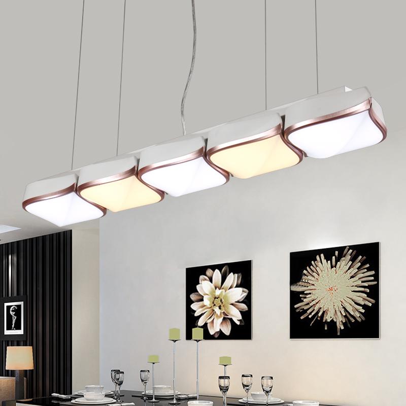 Lamparas para comedores modernos cheap cocina bar luces for Luces colgantes para comedor