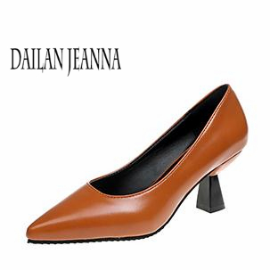 High-heeled shoes women's 2018 style shoes with sharp thick heels,fashion version,shallow mouth sexy middle heels single shoes 16cm fine with high heels female korean version of the sexy thin bow shoes round head shallow mouth shop shoes