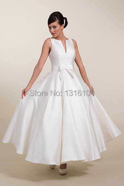 Simple Vintage Short Tea Length Wedding Dresses V Neck Satin Women Informal Bridal  Gowns Second