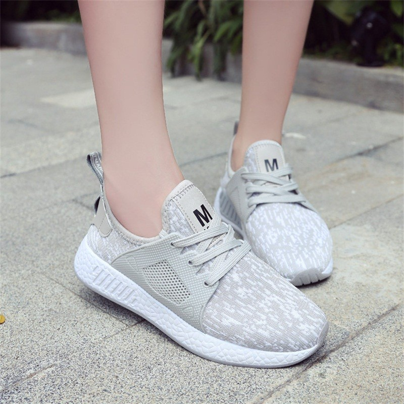 цена на Fashion Summer Sneakers Snow White Mesh Casual Shoes Women Breathable Flying Woven Sneakers Lace-up Running Woman Shoes