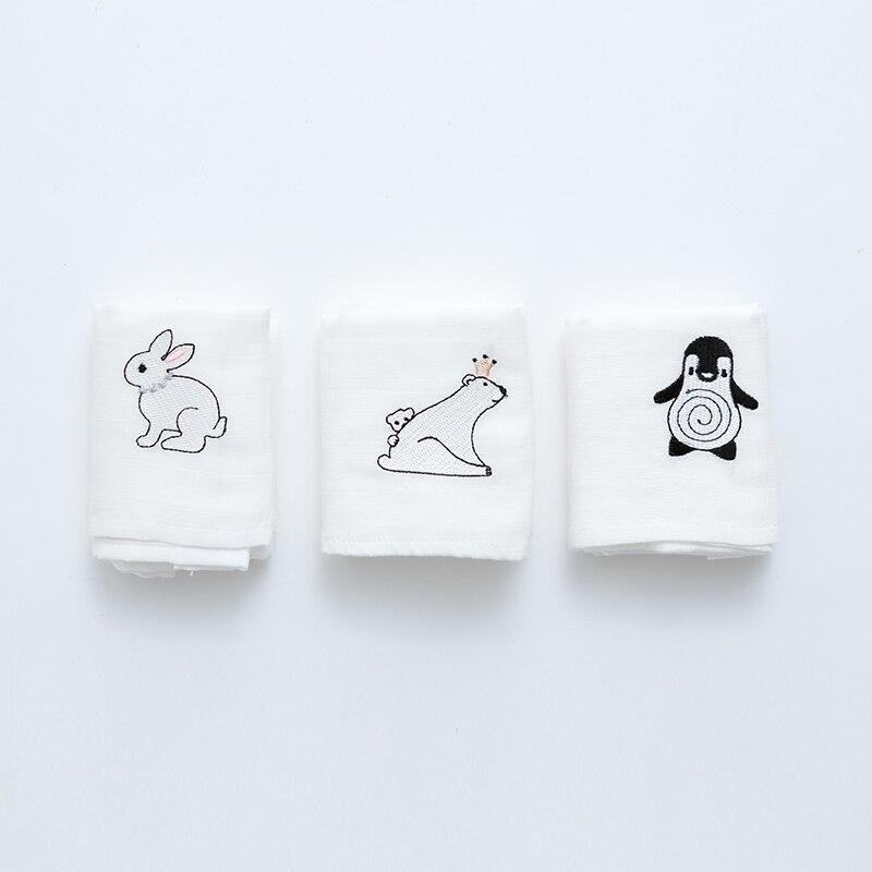 Baby Handtücher Weich Baumwolle Quadrate Gaze 2 Schichten Neugeborenen Kleine Hand Handtuch Speichel Pflege Gesticktes Gesicht Bad Handtuch 60x60 Cm Handtücher Bad & Dusche Produkt