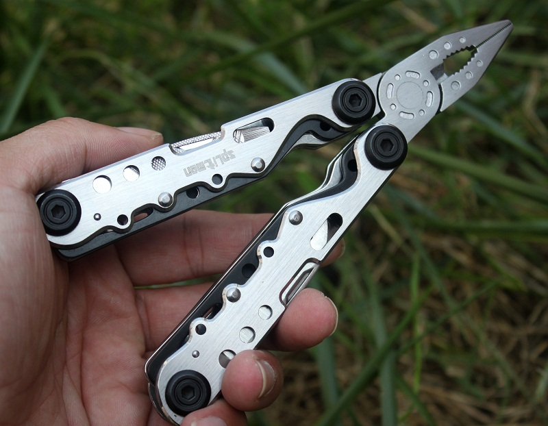 Pocket Knife MultiTool Folding Plier Multifunctional EDC Tools Plier Camping Fishing Outdoor Survival Knife Scissors Sharp Blade