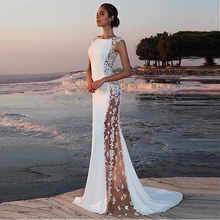 2019 Fabulous Stretch Mermaid Wedding Dress Lace Appliques with Beaded Bateau Neckline Illusion Sexy Bridal Beach Boho