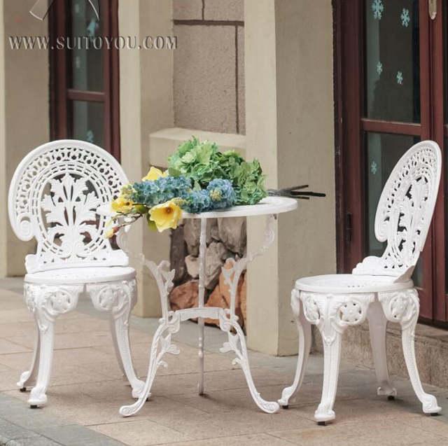 €174.69 |Ensemble de meubles de jardin en fonte d\'aluminium ~~ TABLE et 2  chaises ~~ STYLE victorien-in Ensembles de jardin from Meubles on AliExpress