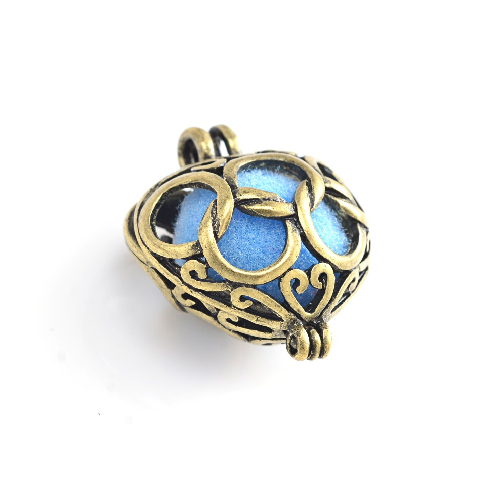 10pcs Antique bronze Heart Cage Filigree Diffuser Lockets Pendants For Colorful Pompon Felt Ball DIY Essential Oil Necklace in Charms from Jewelry Accessories
