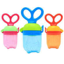1 fresh food baby pacifier feeder child bite bag fruit feeder pacifier push bean safety products baby nipple nipple bottle(China)
