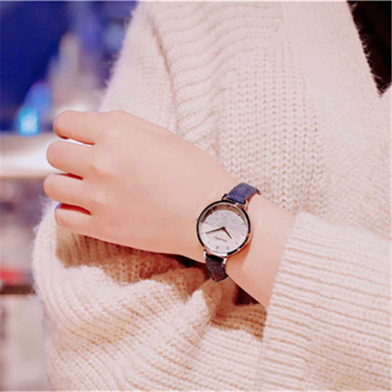 Best Selling Mulheres Malha Ímã Fivela Céu Estrelado Relógio Casual Luxury Mulheres Geométrica Superfície Relógios de Quartzo Relogio feminino