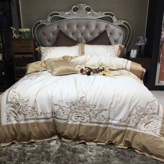 White High End European Style Romantic Luxury Embroidery Egyptian Cotton  Bedding Set Duvet Cover Bed