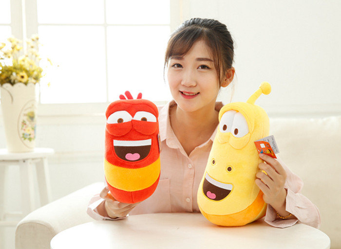где купить korea hilarious insect larva toy, larva doll insect plush toys larva stuffed doll birthday gift по лучшей цене