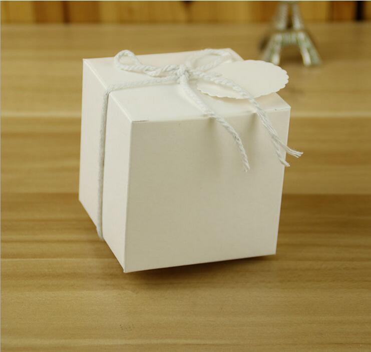 7*7*7CM European-Style Wedding Sugar Bag Retro Kraft Paper DIY Candy Box Carton Packaging Snack Box Wedding Favor Party Supplies