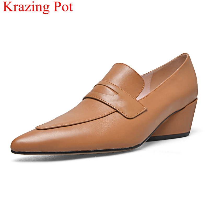 купить 2018 superstar genuine leather pointed toe neutral high heels women pumps concise runway elegant office lady wedding shoes L26 по цене 3608.79 рублей