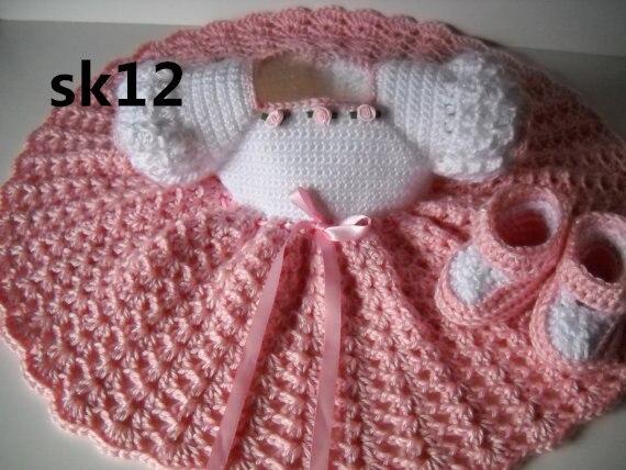 Háčkované dětské šaty, kojenecké, švestky, - Oblečení pro miminka