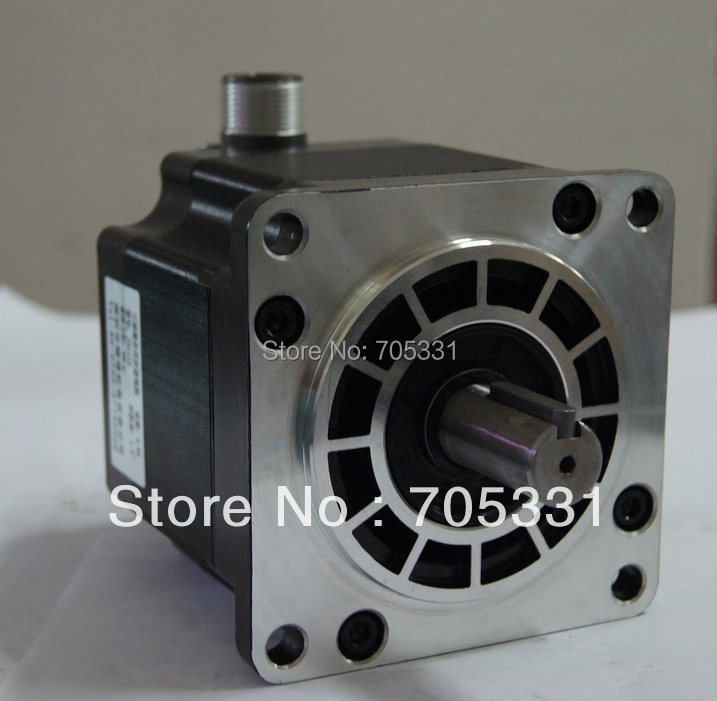купить 8N.m size 110mm 3phase hybrid stepper motor J31112 motor length 124.5mm 4.3A по цене 5721.99 рублей