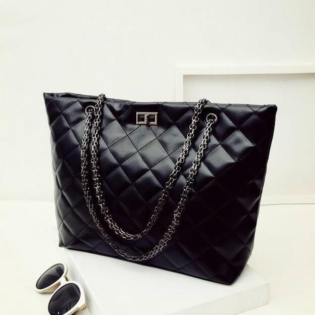 Winter Fashion New Female bag Large-capacity High-quality PU Leather Handbags Women bag Chain Lingge Spiraea big Turn Lock bag