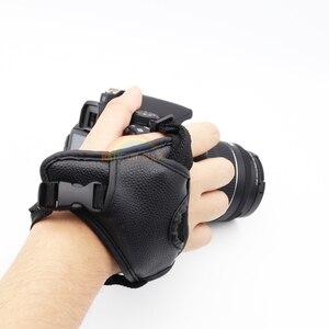 Image 3 - جلد طبيعي المعصم اليد حزام أسود جلد كاميرا اليد حزام قبضة عالية الجودة الثلاثي SLR/DSLR كاميرا جلدية حزام لينة