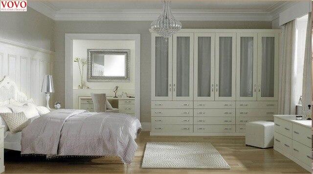 Bianco armadio camera da letto con compensato carcassa in Bianco ...