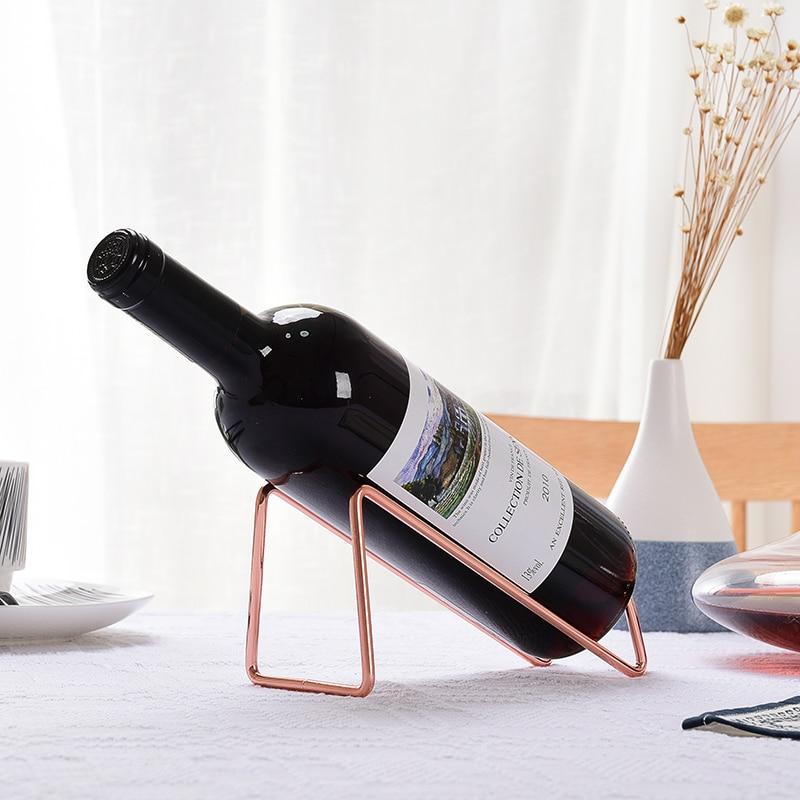 Simple oro y plata botella de vino de mesa - Estanterias de vino ...