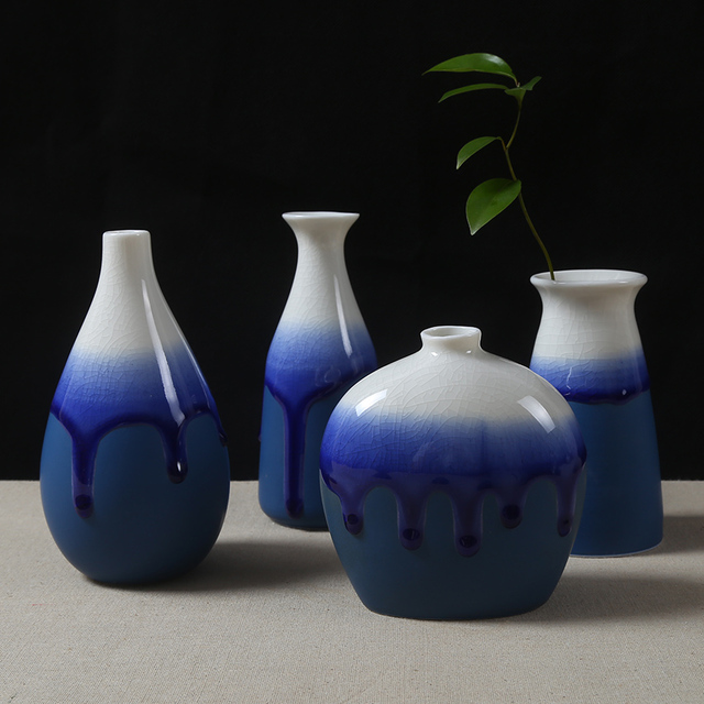 The Flow Of Glazed Ceramic Vase Decorated Small Vase Set