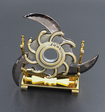 One piece a female emperor rotating fold shuriken, Bearing rotating darts, Anime weapon model toys, toy knife