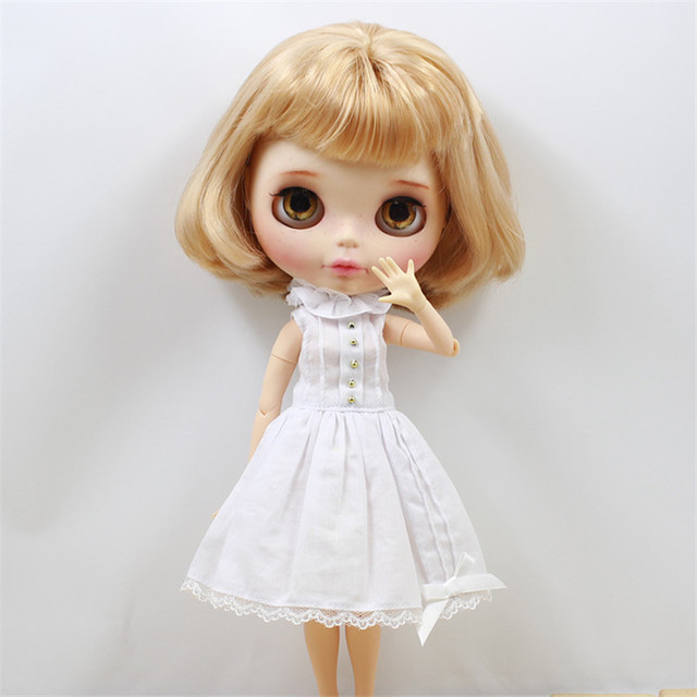 Free shipping lace rosette white dress with cute bow-knot suitable for blyth doll and ICY DIY accessories bjd toys doll reborn