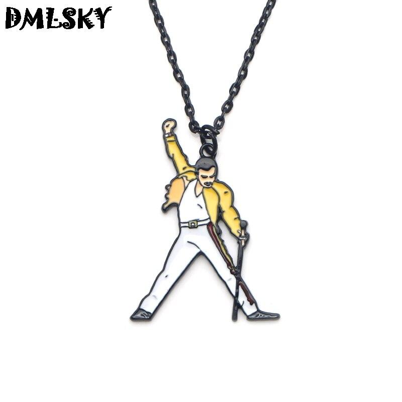 DMLSKY 20 pcs/lot Rock Singer Freddie mercure colliers alliage métal pendentif collier Punk bijoux Cosplay cadeau pour hommes garçons M3107