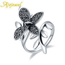 Ajojewel 2019 New Retro Butterfly Stay On Leaf Ring For Women With Black Rhinestone Vintage Fashion jewelry