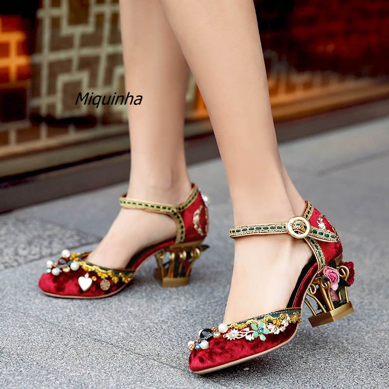 цена на Glamorous Burgundy Suede Cut-out Caged Heel Pumps Buckle Style Flower Pearl Stick Strange Heel Dress Shoes Retro Party Shoes