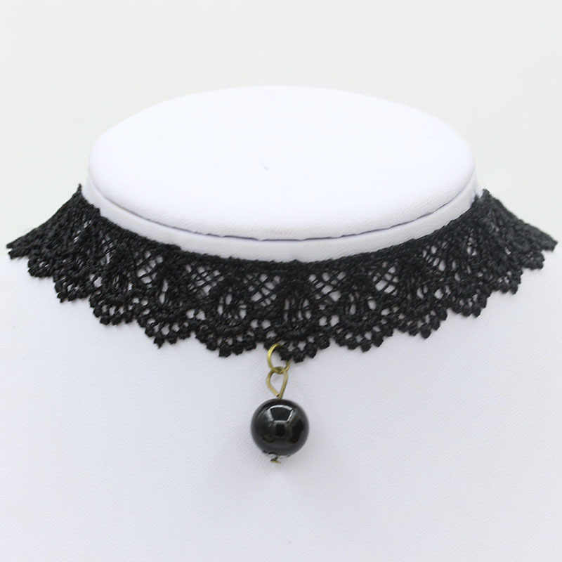 Black Velvet Choker Necklace Women Pearl Pendants Leather Belt Lace Clavicle Chains Gold Silver Statement Charm Gothic Jewelry