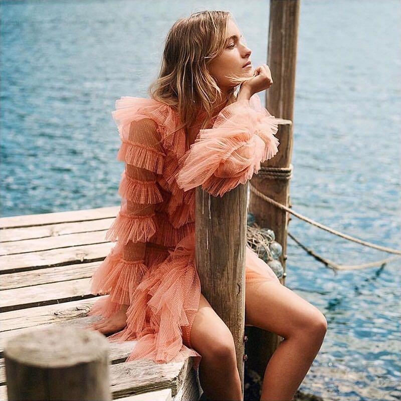 Printemps Designer robe de piste 2019 Sexy élégant ébouriffé manches évasées blanc/noir/rose maille dentelle Patchwork Mini robe Vestido