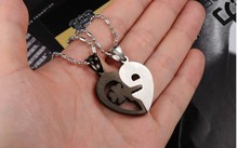 Love You Fashion Jewelry Black And White Classic Puzzle Lovers Pendant Necklace For Girlfriend Boyfriend