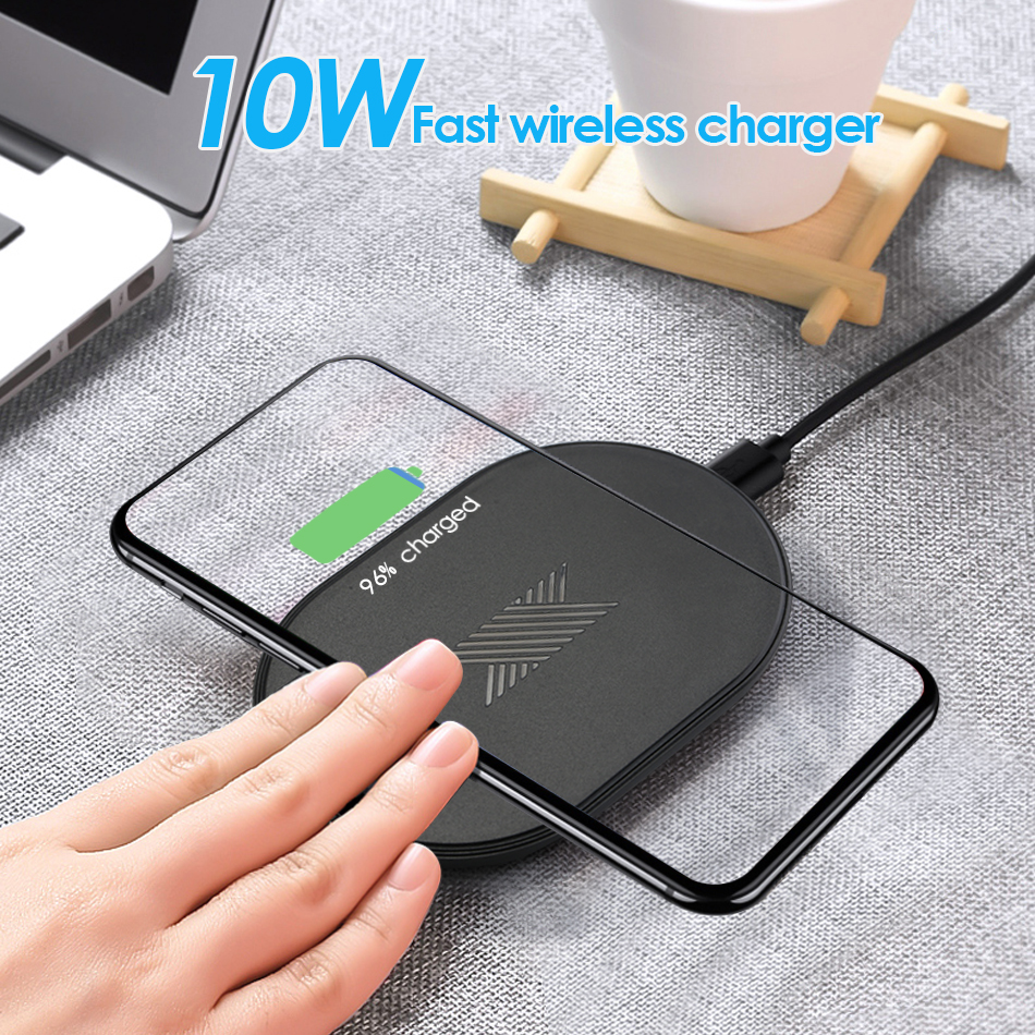 Qi Fast Wireless Charger For iPhone 8 X XR XS Max QC3.0 10W Fast Wireless Charging for Samsung S10 S9 Note 8 9 USB Charger PadQi Fast Wireless Charger For iPhone 8 X XR XS Max QC3.0 10W Fast Wireless Charging for Samsung S10 S9 Note 8 9 USB Charger Pad