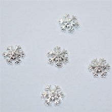 3D Snowflake Nail Art Decoration