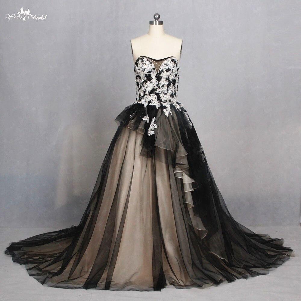 TW0168 Sweetheart A Line Lace Dress Irregular Ruffle Black Gothic Wedding Dresses