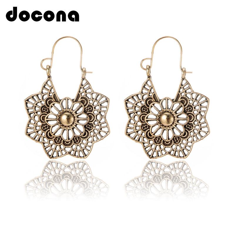 Alloy Vintage Preety Flower Pattern Leaf Dangle Hook Earrings Golden