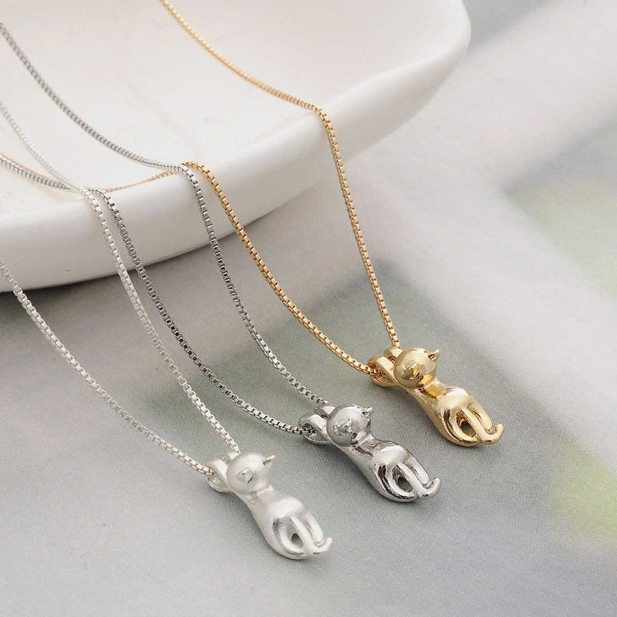 Fashion Cat Necklace For Women Girl Trendy Animal Pet Silver Gold Polished Cat Pendant Necklace Long Chain Charm Vintage Jewelry