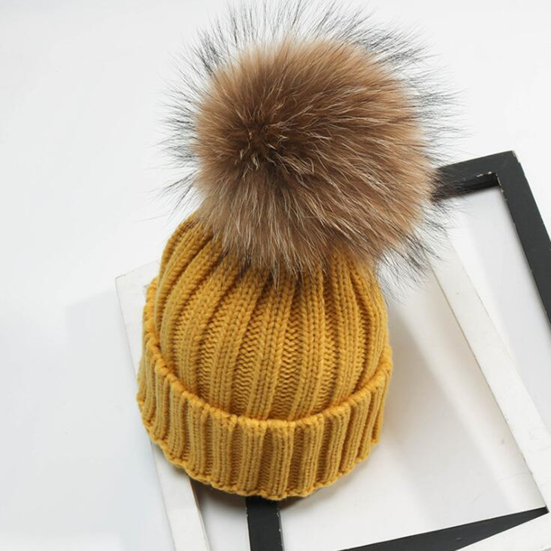 Fashion Adult Children Winter Raccoon Fur Hats  15cm Fur Pompom Beanies Cap Natural Knitted  Beanies for Kids Children 15 Colors pop winter raccoon fur hats real 15cm fur pompom beanies cap natural fur hat 1pc