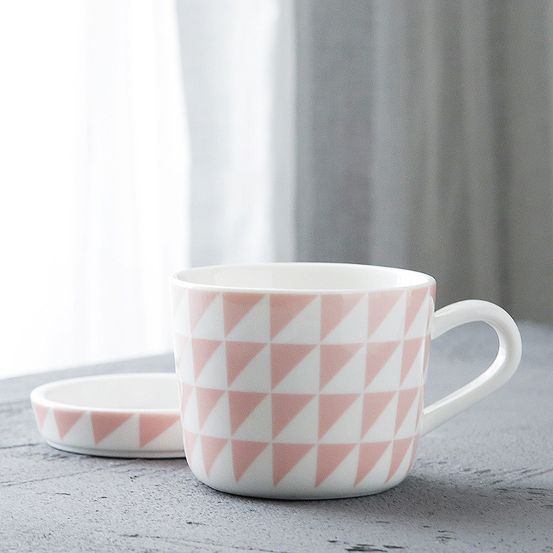 Ceramic Mug with Saucer Geometric Design Pink Mug for Coffee Tea Milk Porcelain Cup with Handle for Afternoon Tea (Mug Saucer)