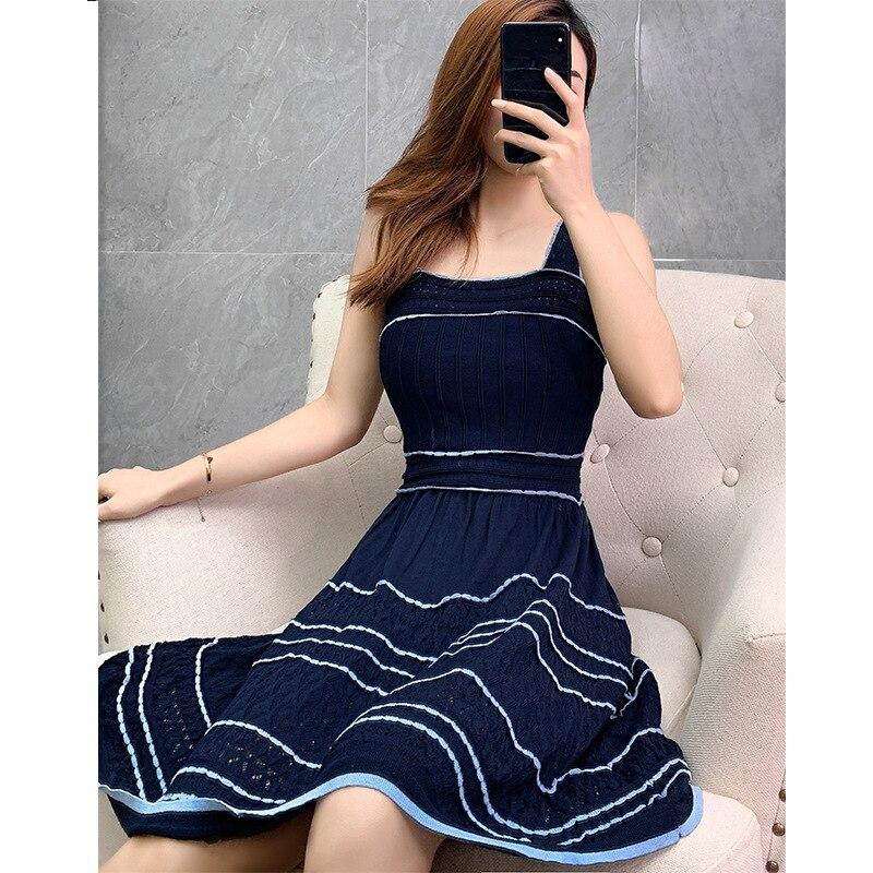 Alta Qualidade Estilo Cinta Vestido 2019 Outono Das Mulheres Bloco de Cor Tricô Sem Mangas Azul Escuro Branco Casual Doce Vestido Bonito Meninas - 2