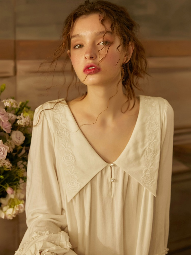 Spring Summer White Cotton Embroidery Sleepwear Long Sleeve Elegant Female Royal Princess Long Nightgowns Loose Plus