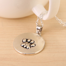 Free shipping 2016 New Arrival Hot Sale Cute Wandering Cat and Paws Pendant Necklace Women and Men
